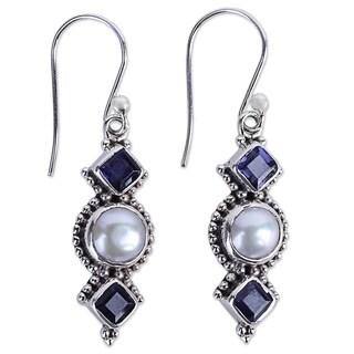 Handmade Sterling Silver 'Lunar Allure' Cultured Pearl Iolite Earrings (7 mm) (India)