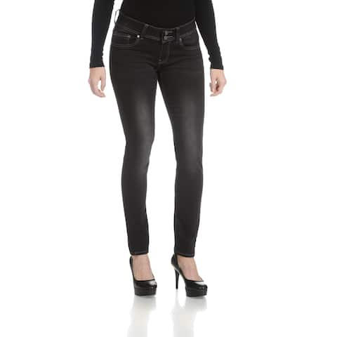 Rampage Women's Junior Curvy Double Button Jeans