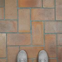 SomerTile 5.5x10.75-inch Tres Valles Rectangular Spanish Terra Cotta Paving Tile (6 tiles/2.64 sqft.)