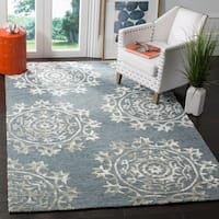 Safavieh Hand-Woven Bella Contemporary Blue Wool Rug - 8' x 10'