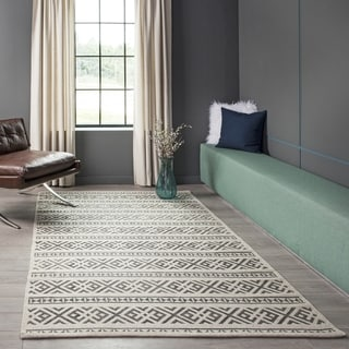 Hand-Woven Alessia Charcoal Wool Rug (8' x 10')