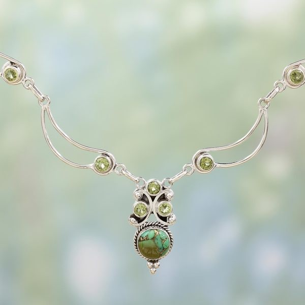 Handmade Sterling Silver 'Radiant Princess in Green' Peridot Turquoise Necklace (India)