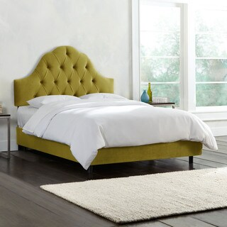 Skyline Furniture Mystere Velvet Macaw Tufted Arched Bed