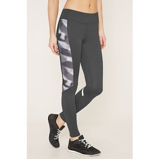 Riviera Women's Black/Silver Spandex Blend Active and Stylish Legging