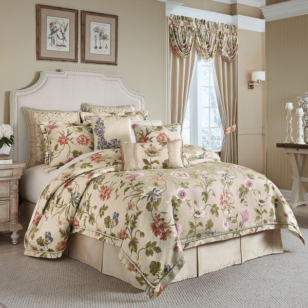 Shop Croscill Daphne Jacquard Woven Floral 4 Piece