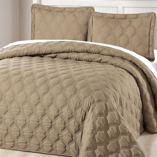 Serenta Down Alternative Quilted Bradly 3-piece Bedspread Set