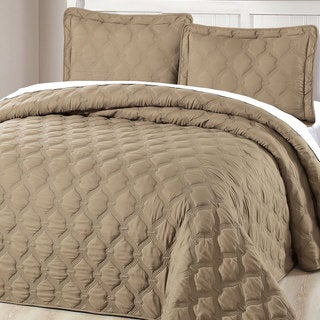 Serenta Down Alternative Quilted Bradly 3-piece Bedspread Set (Option: Tan)