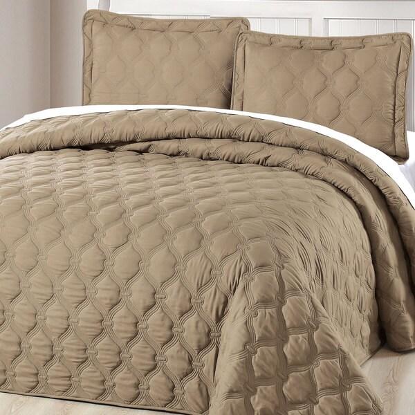 Serenta Down Alternative Quilted Bradly 3-piece Bedspread Set