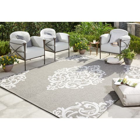 "Mohawk Oasis Paloma Indoor/Outdoor Area Rug (5'3 x 7'6) - 5'3"" x 7'6"""