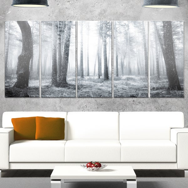 Designart 'Black and White Foggy Forest' Modern Forest Metal Wall Art