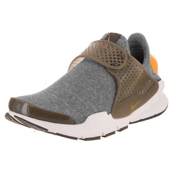 8f7a56f293745d Shop Nike Women s Sock Dart SE Green Grey Fabric Running Shoe - Free ...