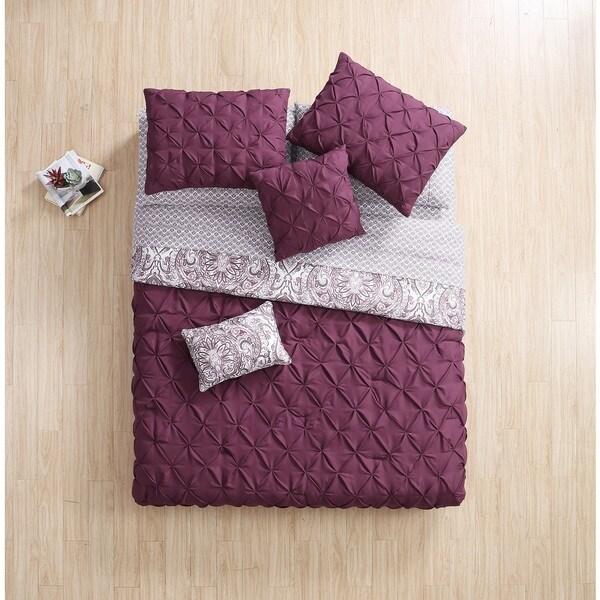 VCNY Home Elanza Bed in a Bag Set