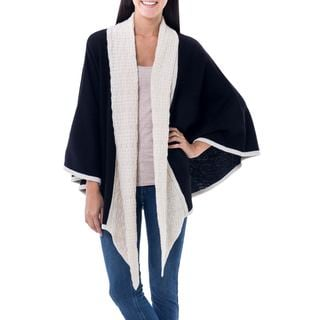 Handcrafted Alpaca 'Barranco Eclipse' Ruana Cloak (Peru)