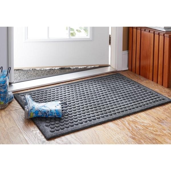 Mohawk Impressions Dots Doormat (3' x 4') - 3' x 4'