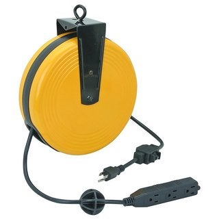 Maxworks 20301 30-foot 16-gauge 3-outlet Extension Cord Retractable Cord Reel