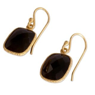 Handcrafted Gold Overlay 'Mughal Nights' Onyx Earrings (India)