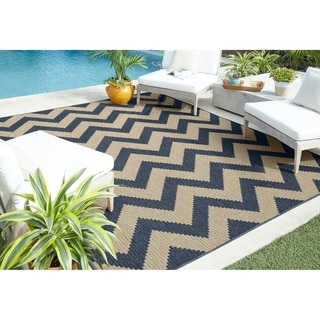Mohawk Home Oasis Tofino Chevron Indoor/Outdoor Area Rug (10'6 x 14')