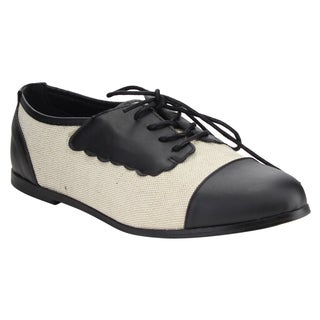 Chase & Chloe Women's Two-tone Lace-up Flat Oxford Casual Shoes