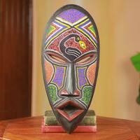 Handcrafted Beaded Rubber Wood 'Meton Ade Pa' African Wall Mask (Ghana)