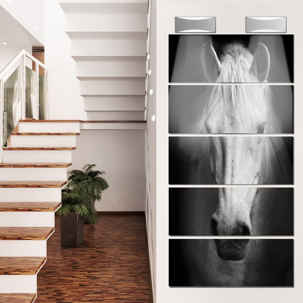 Designart 'White Horse Black and White' Extra Large Animal Metal Wall Art