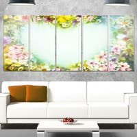 Designart 'Vintage Flowers with Heart Shape' Large Floral Glossy Metal Wall Artwork