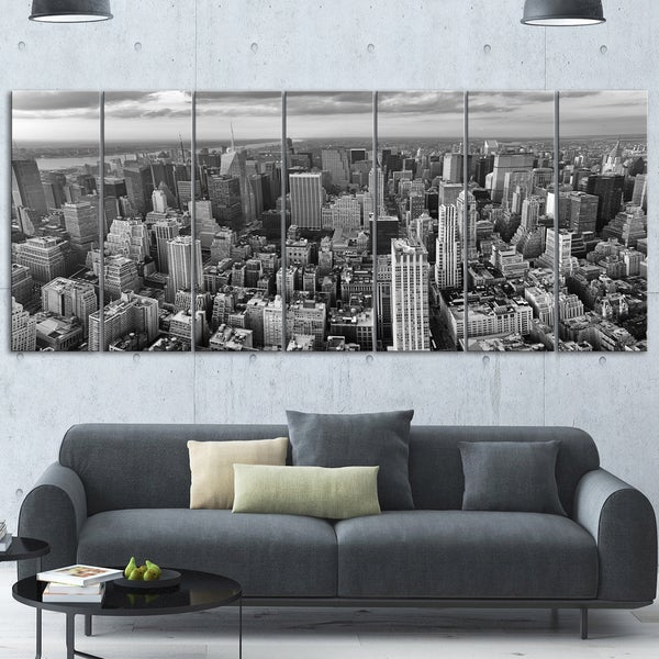 Designart 'Panoramic Aerial View of Manhattan' Modern Cityscape Glossy Metal Wall Artwork