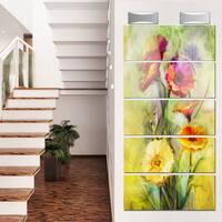 Designart 'Bouquet of Gerbera Flowers Watercolor' Large Floral Glossy Metal Wall Artwork