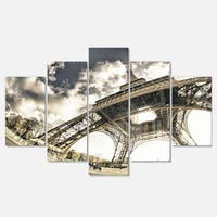 Designart 'Eiffel Tower in Sunny Winter Morning' Extra Large Cityscape Glossy Metal Wall Art