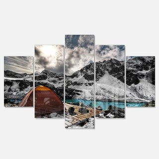 Designart 'Campsite above Turquoise Lake' Landscape Artwork Glossy Metal Wall Art