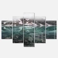 Designart 'Beautiful Turquoise Mountain Lake' Landscape Metal Wall Art