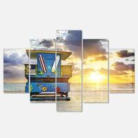 Designart 'Miami South Beach Sunrise' Large Seashore Glossy Metal Wall Art