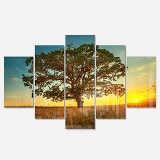 Designart 'Big Green Tree in Summer Field' Modern Trees Glossy Metal Wall Art