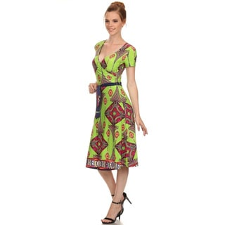 Women's Green Rayon Sevi Diamond V-neck Dress