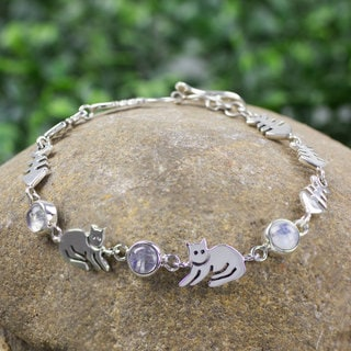 Handcrafted Sterling Silver 'Cool Kitty Cat' Moonstone Bracelet (Mexico)