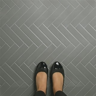 SomerTile 1.75x7.75-inch Victorian Soho Subway Glossy Light Grey Porcelain Floor and Wall Tile (10/P