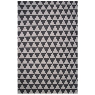 Botticelli Collection Black and Gray Triangle Area Rug, 5' x 8'