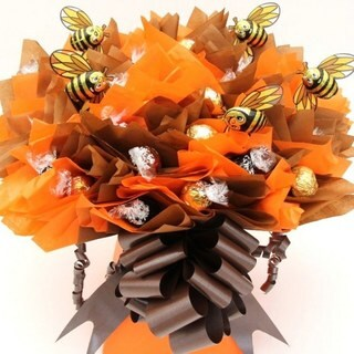 Buzzing Bumble Bee Lindt Bouquet