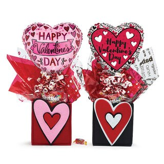 'Happy Valentine's Day' Candy and Heart Baloon Gift Bag (Set of 2)