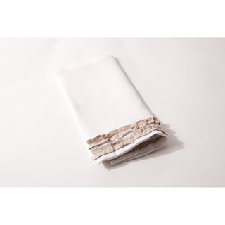 White Linen Ruffled Napkins (Pack of 4)