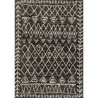 """Brently Black/ Ivory Abstract Rug (3'10 x 5'7) - 3'10"""" x 5'7"""""""