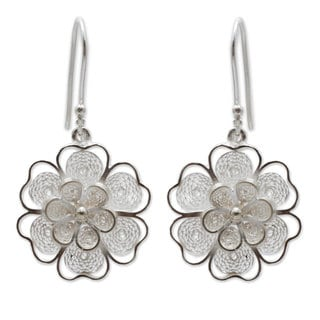 Handcrafted Sterling Silver 'Filigree Jasmine' Earrings (Peru)