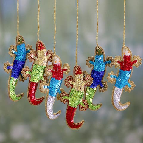 Set of 6 Handmade Polyester 'Holiday Cheers' Ornaments (India)