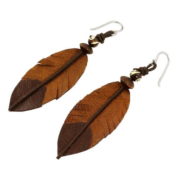 Shop Handmade Leather Indian Feather Earrings Thailand Brown Overstock 13998556
