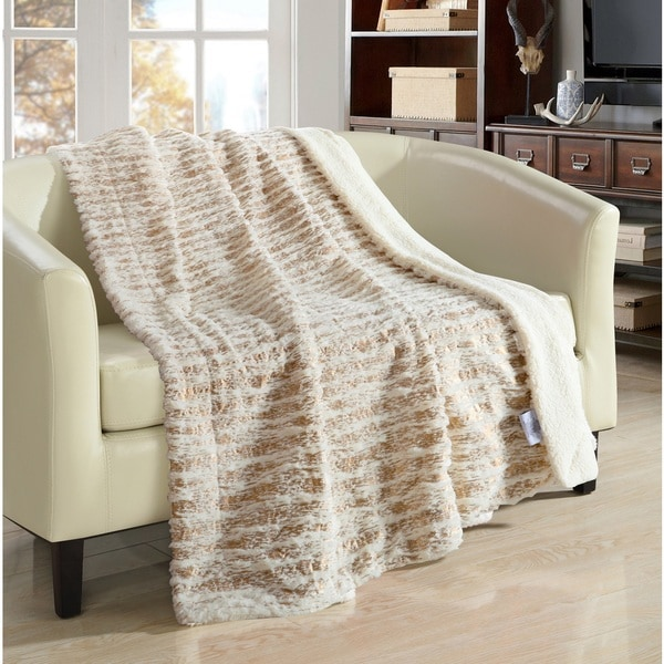 Chic Home Sechylles Reversible Sherpa Beige Throw