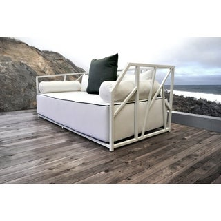 SOLIS Nidum Indoor Outdoor Deep Seated White Powder Coated Steel Sofa Daybed