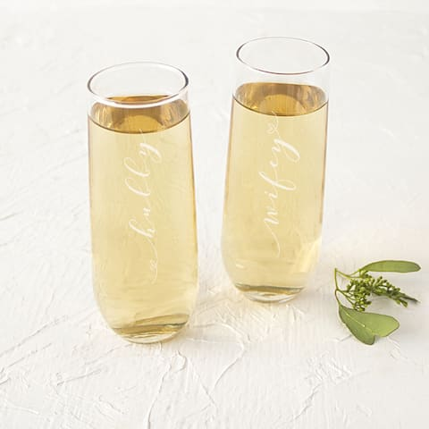'Hubby and Wifey' 8.5-ounce Stemless Glass Champagne Flutes (Set of 2)
