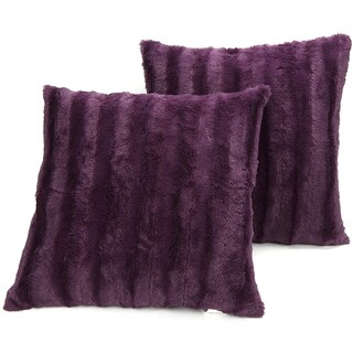 Cheer Collection Faux Fur 18-inch Throw Pillow (Set of 2)