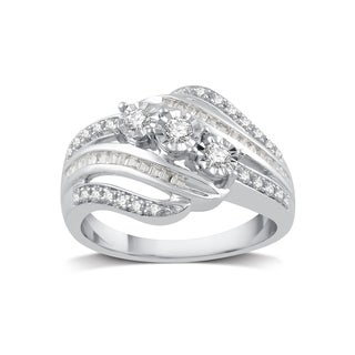 Sterling Silver 1/4ct TDW White Diamond Three Stone Ring