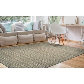 Couristan Nature's Elements Taupe Hand-loomed Lodge Straw Rug (2' x 3')