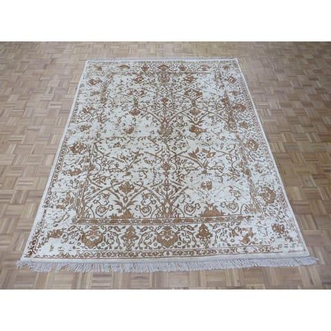 Tabriz Beige Silk-blend Hand-knotted Oriental Rug - 8' x 10'
